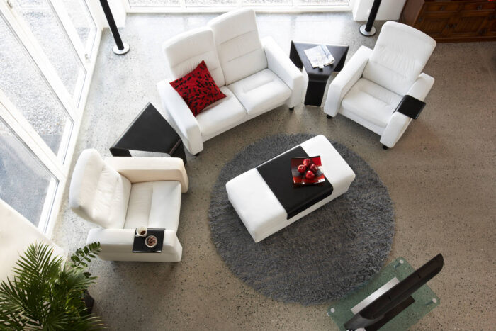 Stressless Wave Loveseat and Chairs