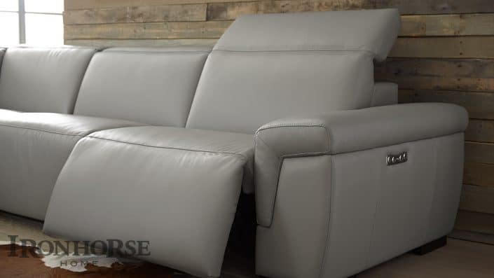 pinnacle seating motion-collection